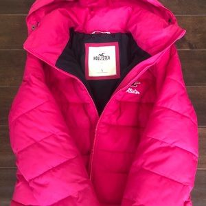Hollister Pink Puffer Jacket Size Large